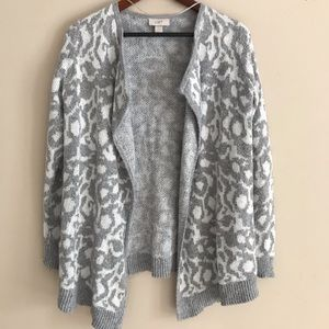 LOFT Gray & White Animal Print Open Cardigan - S